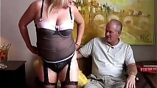 sexy video: Stockings Cock pumping in a good cumshots