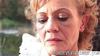 sexy video: Festive pussy licking session for hot tanned granny thhit
