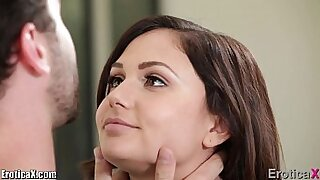sexy video: Look at Ariana Marie. She was uber hot