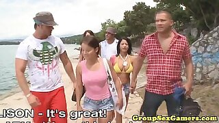 sexy video: Group life at the beach loves porn movie scenes