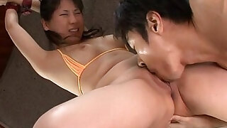 sexy video: Emiri Takeuchi in cuffs has her trimmed pussy licked and fucked
