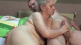 sexy video: 18 years old daughter hardsex