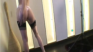 sexy video: Gitta Blond With her Pink Stockings