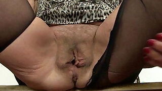 sexy video: British lady needs orgasmic relief