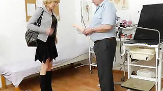 sexy video: Blond haired gramma fuck hole exam