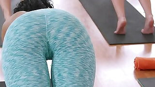 sexy video: Fit blonde milf sucks and fucks coach in advanced class in the gym