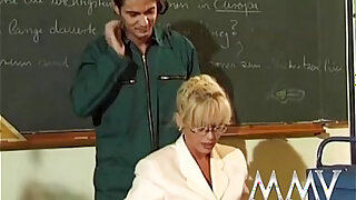 sexy video: Kelly Trump is the Anal Teacher