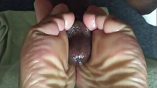 sexy video: cum on mature Wrinkledsoles