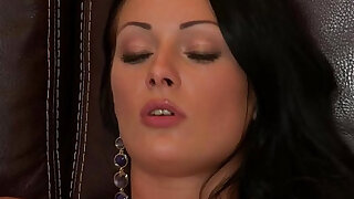 sexy video: vixenx Beautiful brunette in stockings pussy