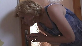 sexy video: She helps her son in law cum and gets busted